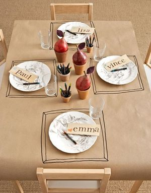 Thanksgiving Kiddie Table Ideas | BunnyCakes