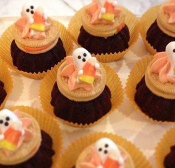 Halloween Brownie Cookie Treat - BunnyCakes