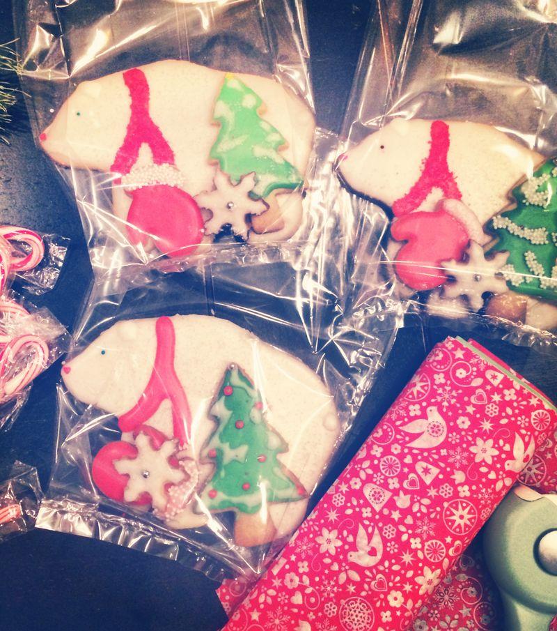 Christmas Sugar Cookies // BunnyCakes