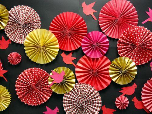 BunnyCakes // Teacher Appreciation Week Decorations -- Paper Rosettes