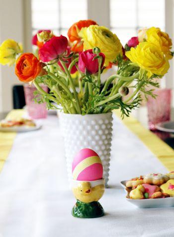 Dip Dyed Eggs // BunnyCakes