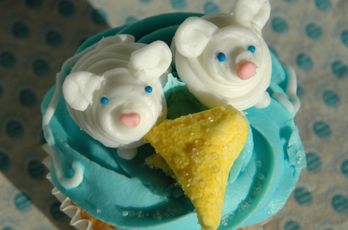 Double Mouse Cupcake